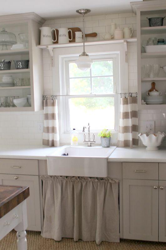 Brocante keuken het keukengordijntje bobbie 39 s home for Kitchen window decoration ideas
