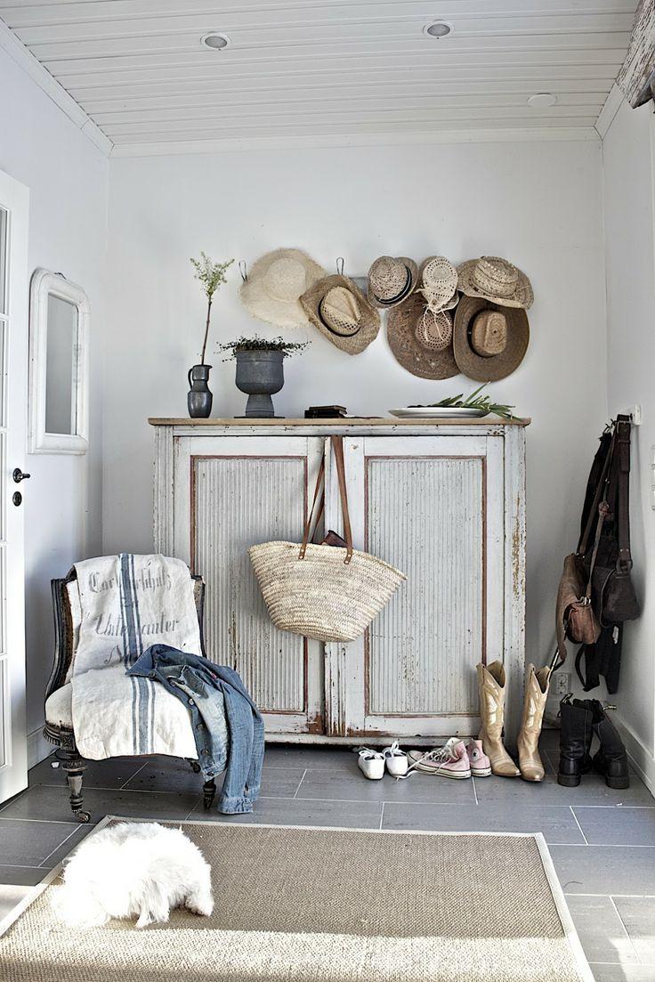 Decoreren met strohoeden bobbie 39 s home for Eigen huis interieur abonnement