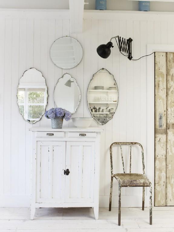 Binnenkijken bij strandhuis wynchelse bobbie 39 s home - Romantische witte bed ...