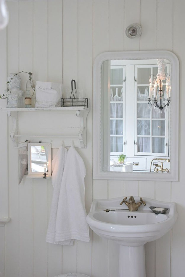 Brocante badkamer inspiratie bobbie 39 s home for Pretty small bathroom ideas