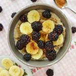 Superontbijt: Havermout met bramen & banaan